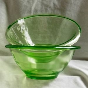 Vintage Green Depression Glass Bowls | they glow!